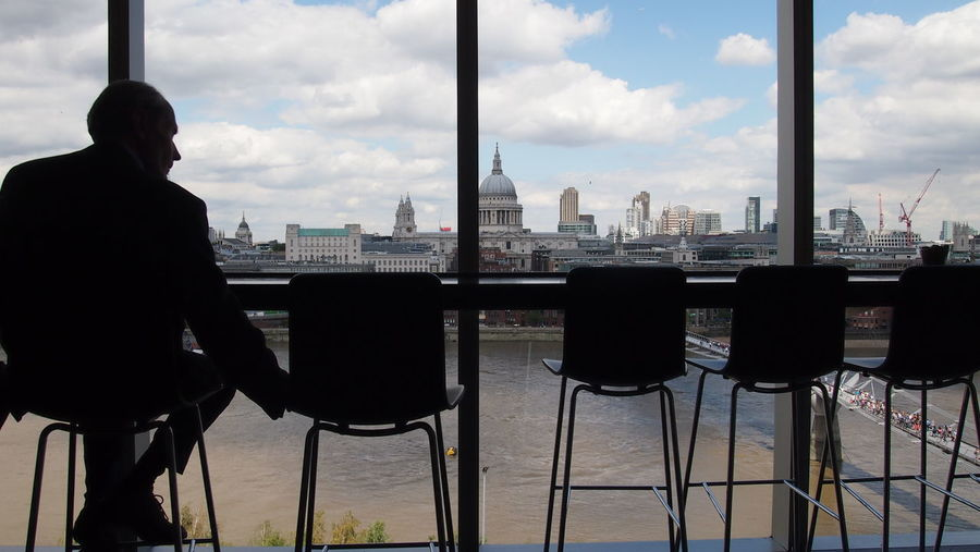 London Museum People St.Pauls Cathedral TateModern View Through The Window Person My Favorite Photo 43Golden Moments Fine Art Photography People And Places London Lifestyle EyeEm LOST IN London Postcode Postcards