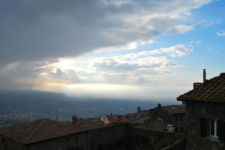 Cortona Arezzo Architecture Building Exterior Built Structure City Cityscape Cloud - Sky Day House No People Outdoors Residential  Roof Sky Tiled Roof  Town