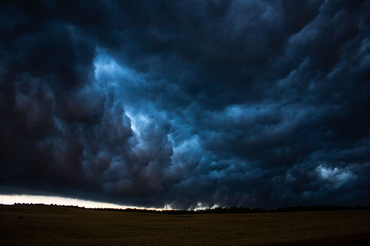 Cloud - Sky Storm Sky Thunderstorm Environment Landscape Storm Cloud Scenics - Nature Overcast Beauty In Nature No People Nature Sign Dramatic Sky Ominous Power In Nature Warning Sign Cloudscape Night Dark Outdoors Rain Meteorology