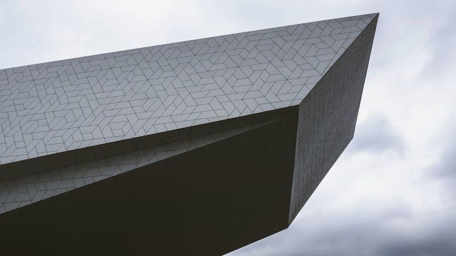 Interessante Architektur Eyefilmmuseum Amsterdam Netherlands Niederlande Fotografie Panasonic  Gebäude Architektur Triangle Shape Architectural Detail Architectural Feature Geometric Shape Architecture And Art Triangle The Architect - 2018 EyeEm Awards