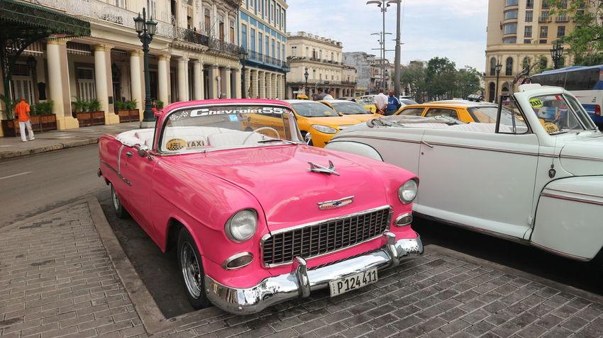 Architecture Cars Colonial Style Cuba Exterior Habana Habana Cuba  Habana Vieja Havana Havana, Cuba Colonial Colonial Architecture Cuban Cars Mode Of Transportation Transportation Машины автомобили архитектура гавана здания колониальный стиль куба кубинские автомобили кубинские машины старая гавана
