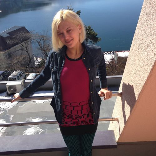 Adults Only Balcony Beautiful Woman Beauty Blond Girl Smiling Balcony Blond Hair Blond Pretty Gi Building Exterior City Girl Balcon Girl Smiling Leisure Activity Lifestyles One Person One Woman Only Only Women Outdoors Portrait Real People Smiling Standing Water Women Young Adult Young Women