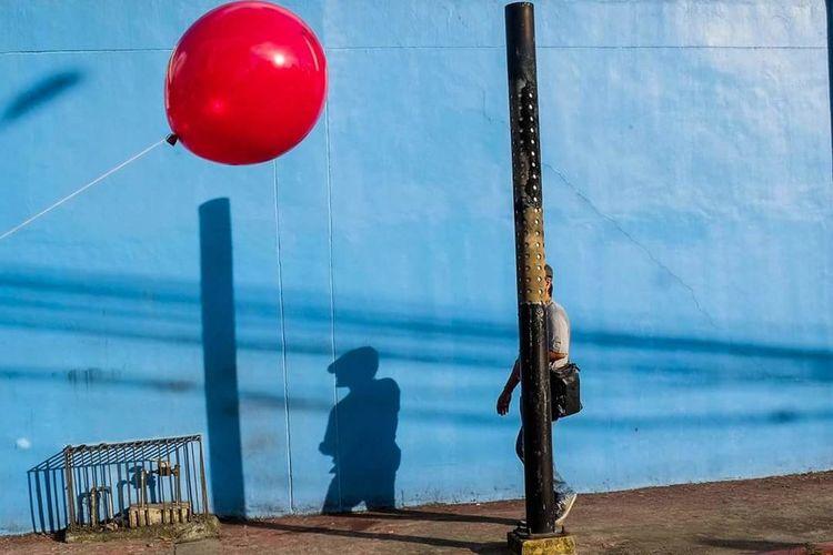 Behave The Street Photographer - 2018 EyeEm Awards Water Balloon Red Hanging Sky Helium Balloon