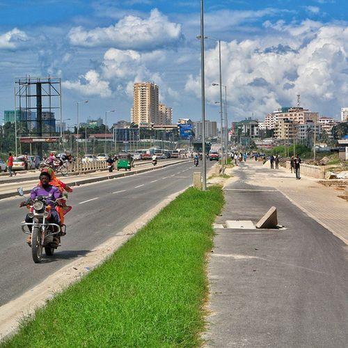 Dar es Salaam | Tanzania . . . Visiterlafrique Seetanzania NX30 Tanzania