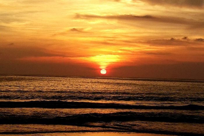 SUNSET Thailand Phuket Beach Thailandtravel Phuket Sunset 43 Golden Moments