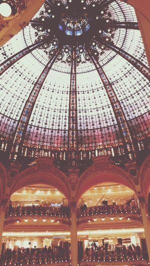 Shop in Paris ??