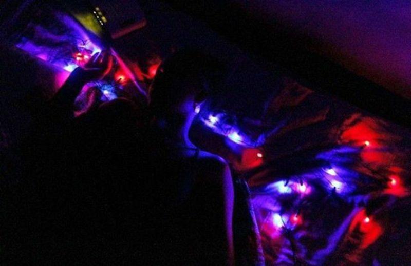 Luz 😍 Night Neon People Close-up Neon Colored Outdoors Fotografararts First Eyeem Photo