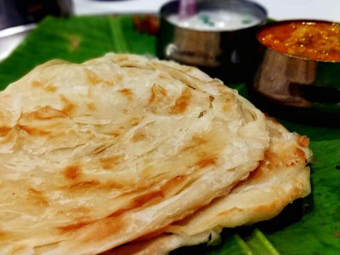 Porotta Kerala Food Curry Cuisine Food Foodphotography Prepared Food Indian Food Banana Leaf Indian Culture