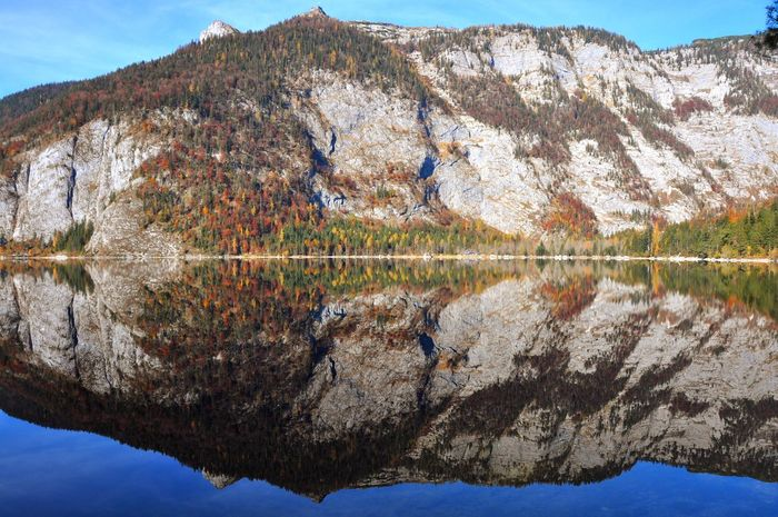 Altaussee Salzkammergut Alpine Alps Austria Autumn Mountain Lake Scenics Mountain Range Beauty In Nature Reflection Rock - Object Nature Water Tranquility Outdoors Landscape No People Sky Day