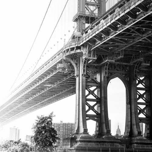Manhattan bridge in NYC looking like an unfinished sketch. Black And White Architecture_bw Jasoncrockettphotography Architecture Monochrome Bridges NYC