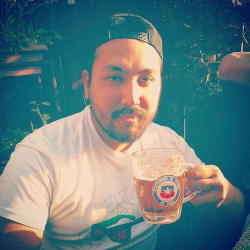 Salud y viva Chile conchetumaree Instachile Instaphoto Football CopaAmérica chile seleccionchilena selfie instapic instamoment instabeer beer cerveza