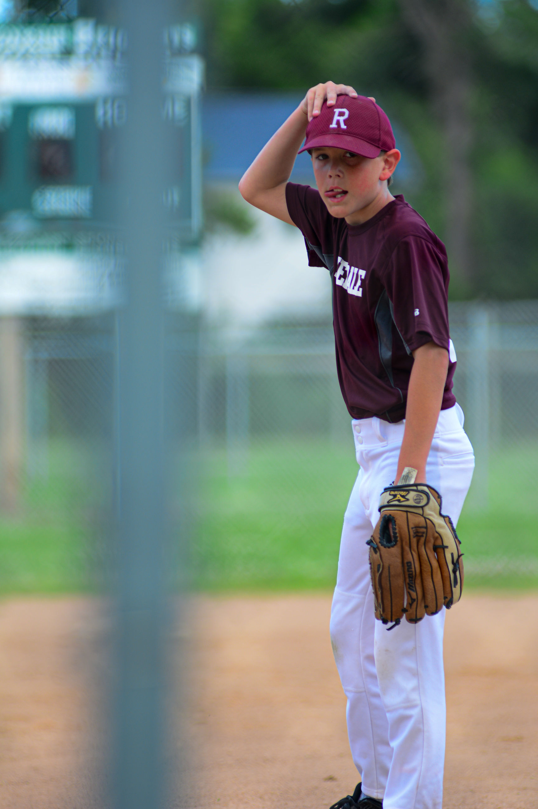 childhood, child, one person, boys, males, real people, men, lifestyles, sport, leisure activity, baseball - sport, full length, day, standing, three quarter length, cap, front view, casual clothing, innocence