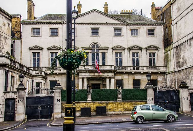 London - January 2017 Out In Car Home Britain England Uk London Architecture Building Exterior Built Structure City Outdoors Travel Destinations Day