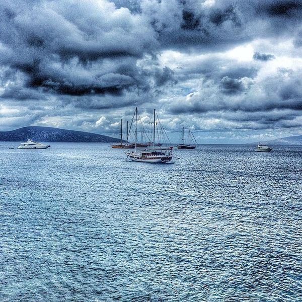 Hava Deniz Bulut Bodrum Yat Tatil Deniz Ege Türkiye Sky Sea Clouds Yatch Vacation Aegeansea Aegean Turkey Blue Mavi