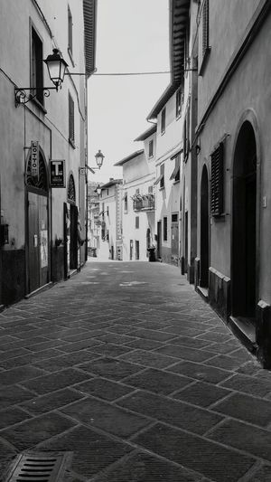 City Toscana Cityscapes Nature On Your Doorstep Streetphotography Lorociuffenna Italy Italia