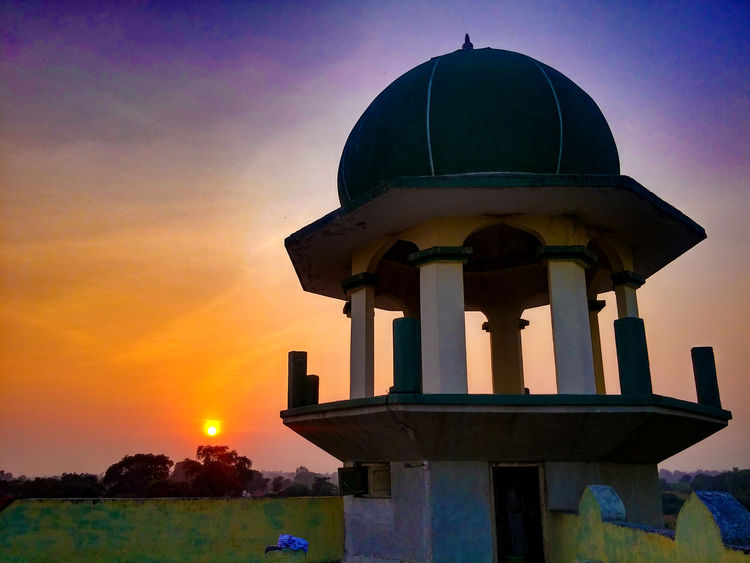 Darul Quran Building Akkalkuwa Architecture Beauty In Nature Building Exterior Built Structure Cloud - Sky Dome No People Outdoors Place Of Worship Sky Sunset Travel Destinations Water Finding New Frontiers