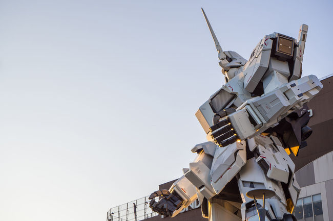 UNICON GUNDAM SCALE 1:1 model of RX-0 Mobile Suit statue at Diver City, ODAIBA ,Tokyo, Japan OCTOBER 2017 Diver City Diver City Tokyo Gundam Mobile Suit RX-0 Tokyo Unicon Gundam Odaiba Odaiba Tokyo