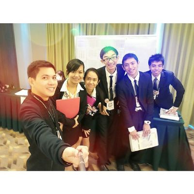 Selfie at 39th Young Hoteliers Exposition (YHE) as it goes viva Las Vegas Nevada!! :) 39thYHE Benilde 39thYHEgoesVivaLasVegas YHE younghoteliersexposition themanansala