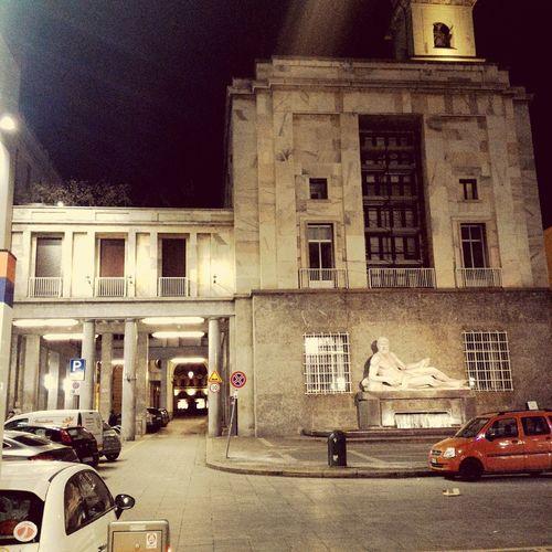 Piazza C.L.N. Torino Profondo Rosso Dario Argento 1975