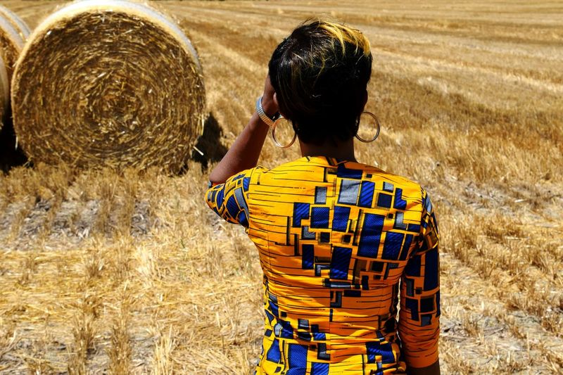 Wheat Field Countyside Agricultural Field Agricolture Women Human Back Back
