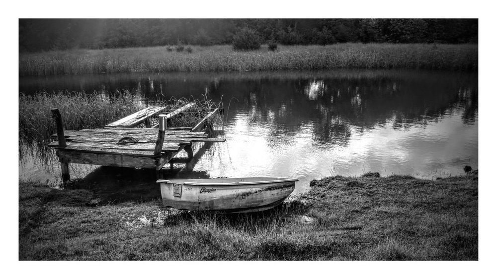Check This Out Relaxing Enjoying Life Nature Nature_collection At The Pond  Summertime Pond boat Boat Escape Breathe Taking  Landscape