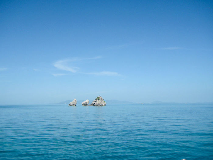 Scenic view of sea against sky at koh tao