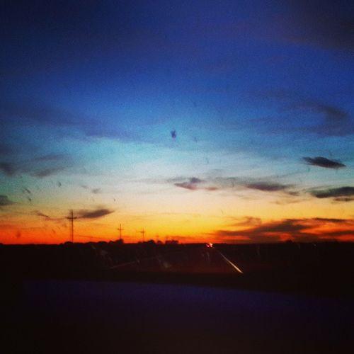 There's hope wherever there's light, for a sun that sets here rises somewhere else. Travel Vacation Nature Sky sun sunset clouds cloudporn skylovers skypainters mothernature ladd00 scenery roadtrip northdakotas nd traveldakota Original photo by @prairiepriya