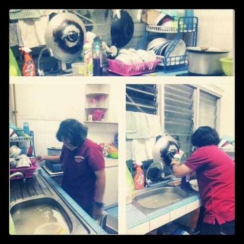 Terbaekk Hardworking Kind Thanks @syafsharif coz mnolong kemas umah..sgt bersih dpur kami...♥♥♥
