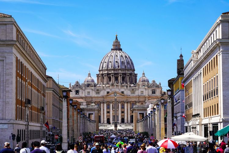 Crowded Vatican