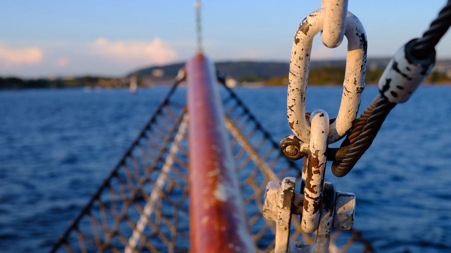 Fujifilm Oslo, Norway Fujifilm_xseries Fujifilm X-t20 EyeEm Selects Focus On Foreground No People Sky Metal Day Close-up Nature Rope Water Safety Hanging Connection Security Protection Strength Railing