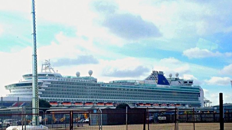 P&O Cruises AzuraShip🚢 Grandure Absolutelybeautiful Detailed To Perfection Built Structure Ships⚓️⛵️🚢 Ship At Dock Southampton Visited Vigo Lisbon Oporto, Portugal Cherbourg Stunning_shots Cruisers Auditorium Architecture Beauty Redefined Exterior Design Exterior Architecture Cloud - Sky Awesome
