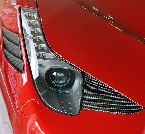 Detail Details Textures And Shapes Detailphotography Carlights Automobile Close Up Technology Ferrari Lichtspiele Lightart Autolichter Carlight Redone Dreamcar Traumauto Scheinwerfer Modern Lights Close-up