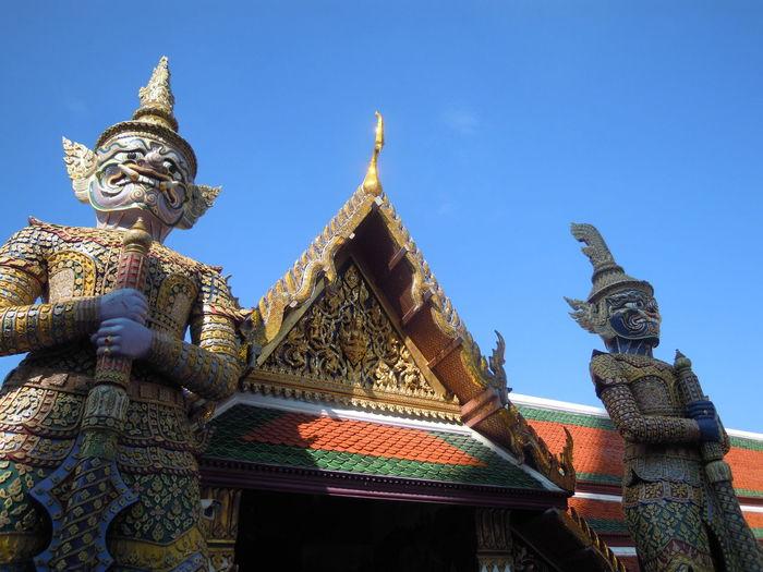 Bangkok Thailand Capital King King Palace Golden Gold Pagoda Demon - Fictional Character Craft Building Exterior Representation Architecture Built Structure Spirituality Sculpture Statue Art And Craft