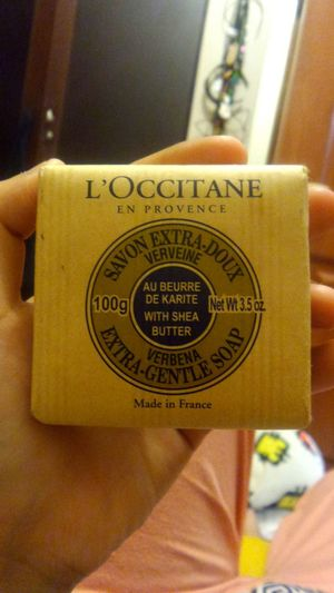 Saatnya besok memanjakan diri 😜 Loccitane Soap Bar Sheabutter Verveine 💙🛀💦