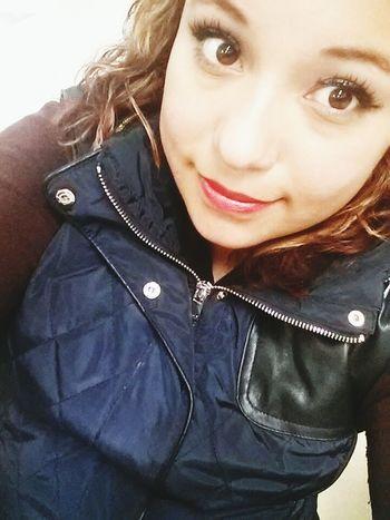 ojos llenas de amor por alguien que de vdd ama♥