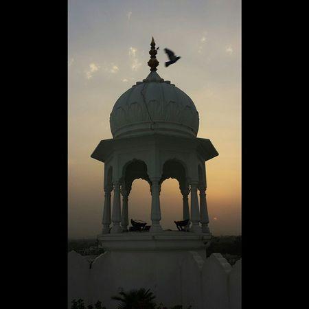 Putabirdonit Sunset in ANANDPURSAHIB Gurdwara AnandGharh Punjab India setlife doclife Sikh sikhlife