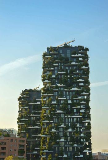 Bosco verticale Vertical Forest Milan Architecture Building Exterior Sky Residential Building Trees Milano Italy Porta Nuova Apartment Balcony Garden Nature City Different Green Architecture Facade Bosco Verticale