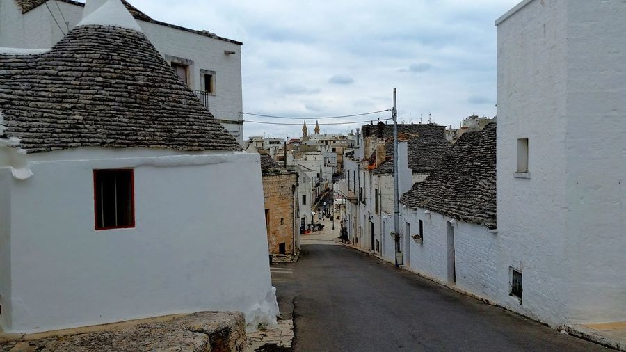Trullo Di Albero Bello Trullilovers Trulli Houses Alberobello - Puglia EyeEmNewHerе No People Sky Day Outdoors Travel Destinations Built Structure Building Exterior Architecture Shadows & Lights Illuminated Sunlight Overexposed People Cloud - Sky