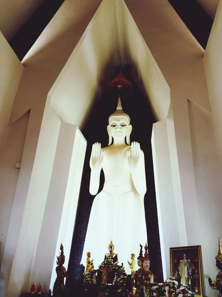 Statue Architecture Buddhist Temple Sculpture Religion Low Angle View Indoors  No People Human Representation Spirituality Male Likeness Place Of Worship Built Structure Buddha Statue พระพุทธรูป วัดศาลาลอย