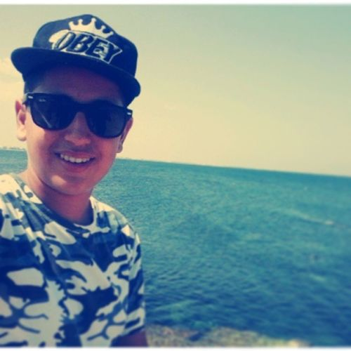 Cap OBEY Sorrisone Mare Sea Tunisia Panorama Rayban Tshirt Swag Photo Instagram