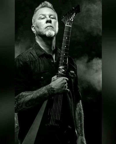 One Man Only One Person Hello Friends :) For You ;-) Metallica! Composition Black&white Black And White Photography James Hetfield Rock Music