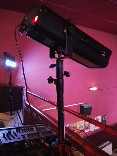 Arts Culture And Entertainment Lighting Equipment Red Illuminated Indoors  Technology Lampes Ciné Cinema Theatre