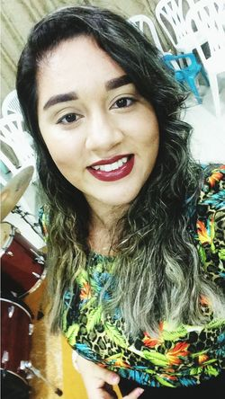 Follow4follow Likeforlike Makeup ♥ São Luís - MA Bloguera Like4like Beautiful People Close-up Look Portrait Looking At Camera Smiling Long Hair Happiness Headshot Toothy Smile One Person Beautiful Woman Adult Human Body Part Beauty One Woman Only Real People Young Adult Beautiful People