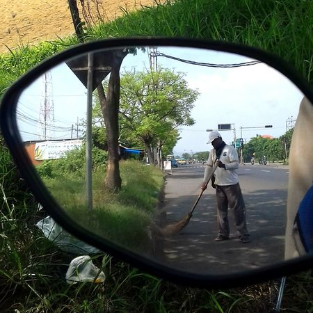 Street Streetphotography Street Photography Reflection Vehicle Mirror Take With Galaxy J3 2016 Samsung Galaxy J3 (6)