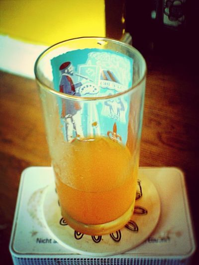 Drinking Gatorade Orange Nein Grenze
