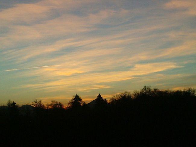 Nubes Cielo Cielos Anochecer Anocheciendo Anocheceres Trees Tree Monte