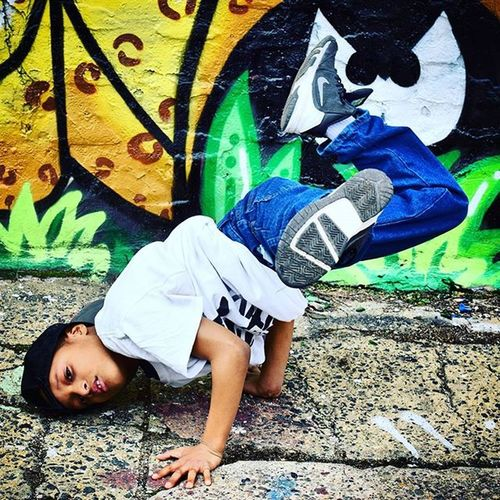@projectpositive photoshoot Shot by @novaflow_productions @novaflow Starring @illyyoyo21_ lil brother bboy malik Dm me for pricing and booking of photoshoots Or a @projectpositive dance performance. Novaflowproductions Projectpositive Photographers Phillysupportphilly Photoshoot Xmp Rapping Freestyle Loveit Hiphopgod Freestylegod Unsignedrap Freestyler Freestylest BEATS Music Artists HipHop Phillyphotographer Philly Represent Photos Pic Pics Picture pictures instagood picoftheday photooftheday beauty