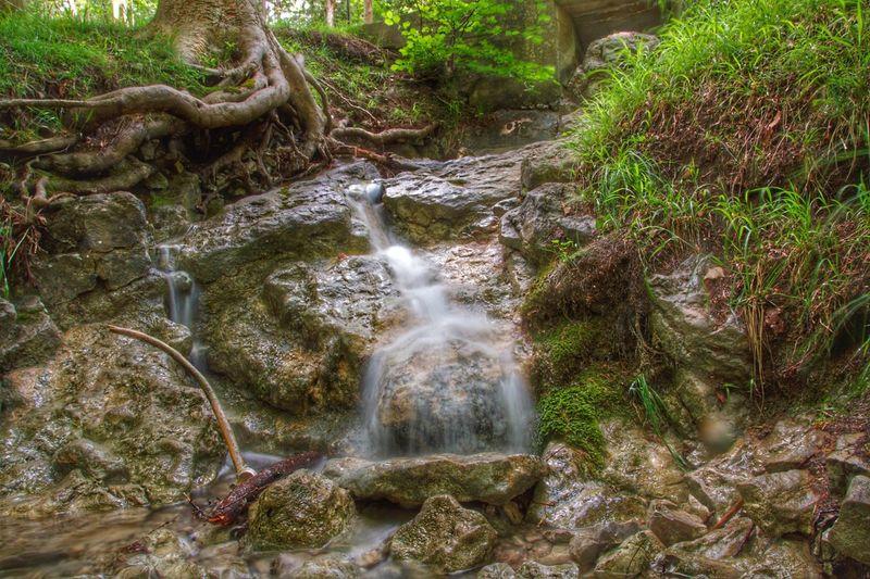 Waterfall Long