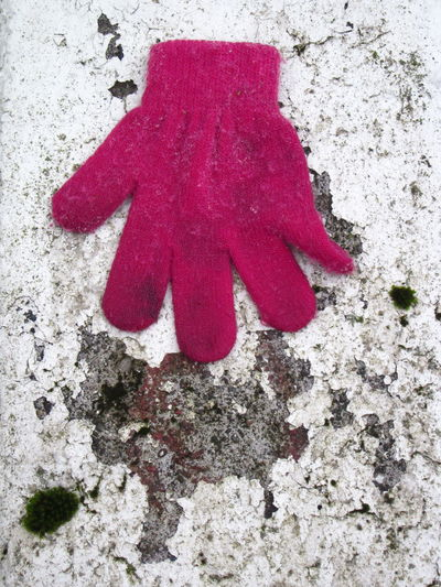Accessory Glove Ground Lonely One One Item Red Red