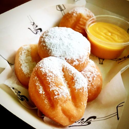 The highlight! Mini Donuts with Salted Yolk Custard! Yummy! Burpple Minidonuts Saltedyolkcustard Hipstercafe fixsg hiddencafe cafesg